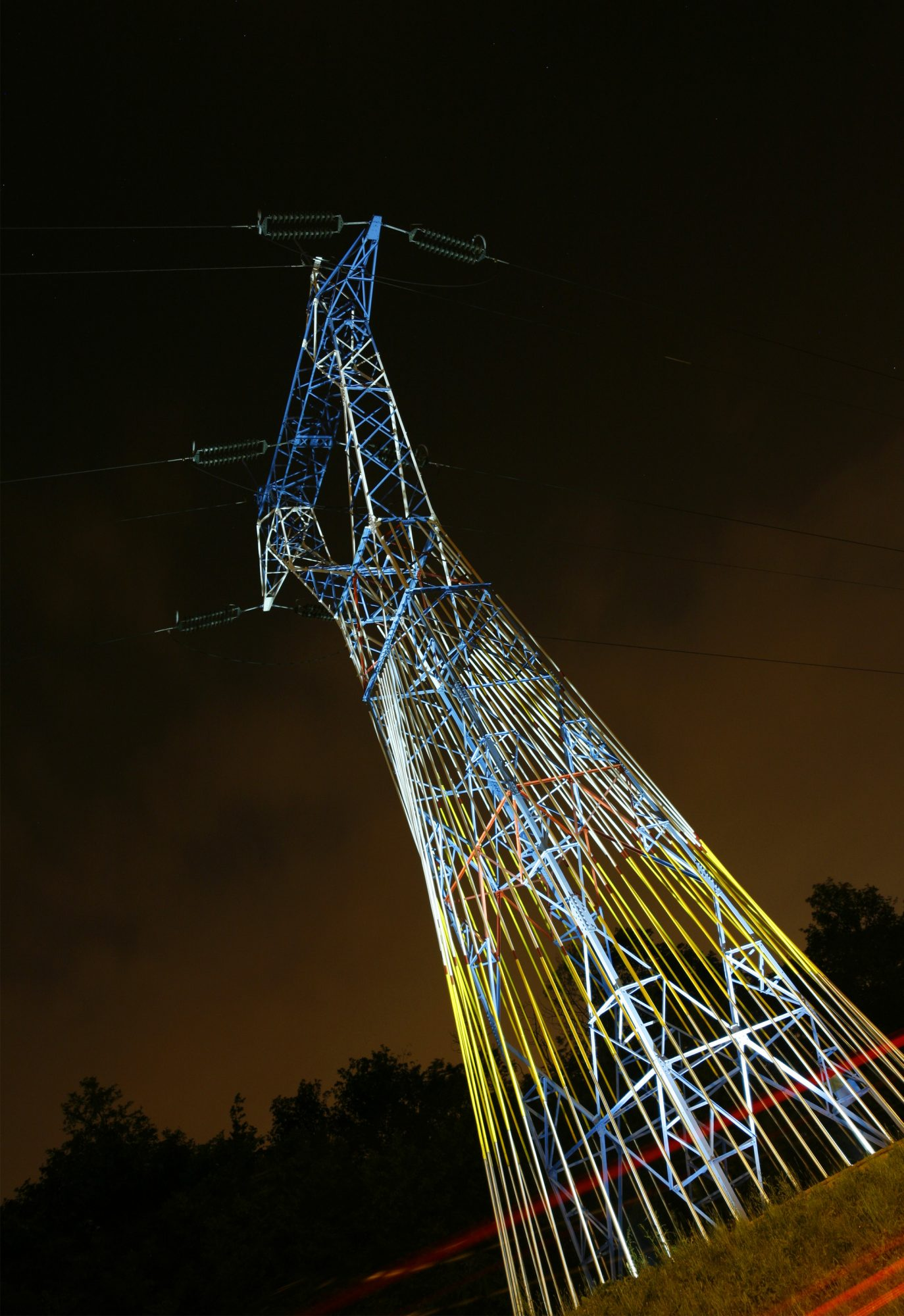 Source-Light pylon nb°11