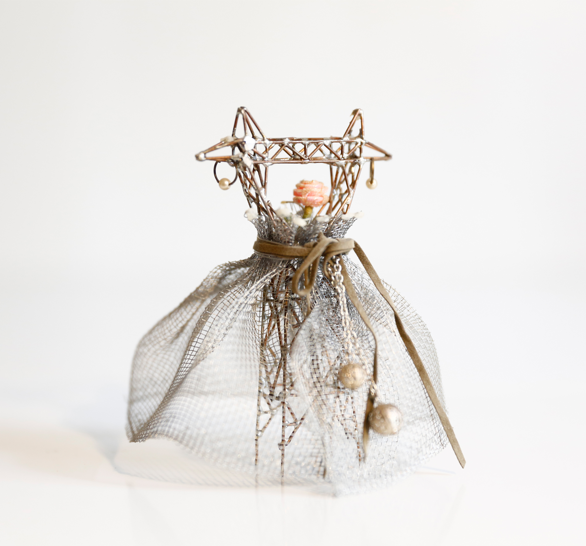 Mini Pylon in Gown