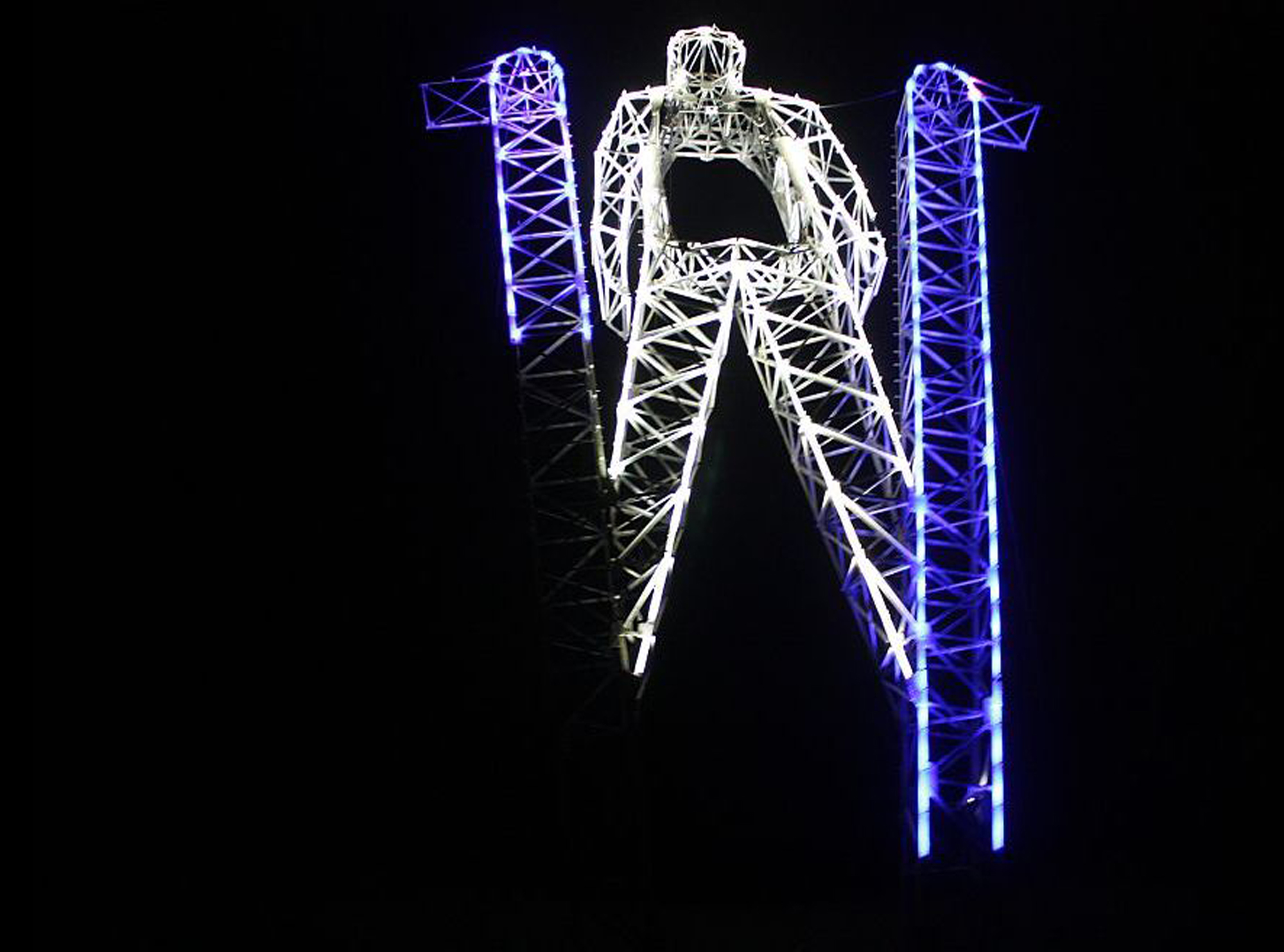 Sochi Skier, lighting