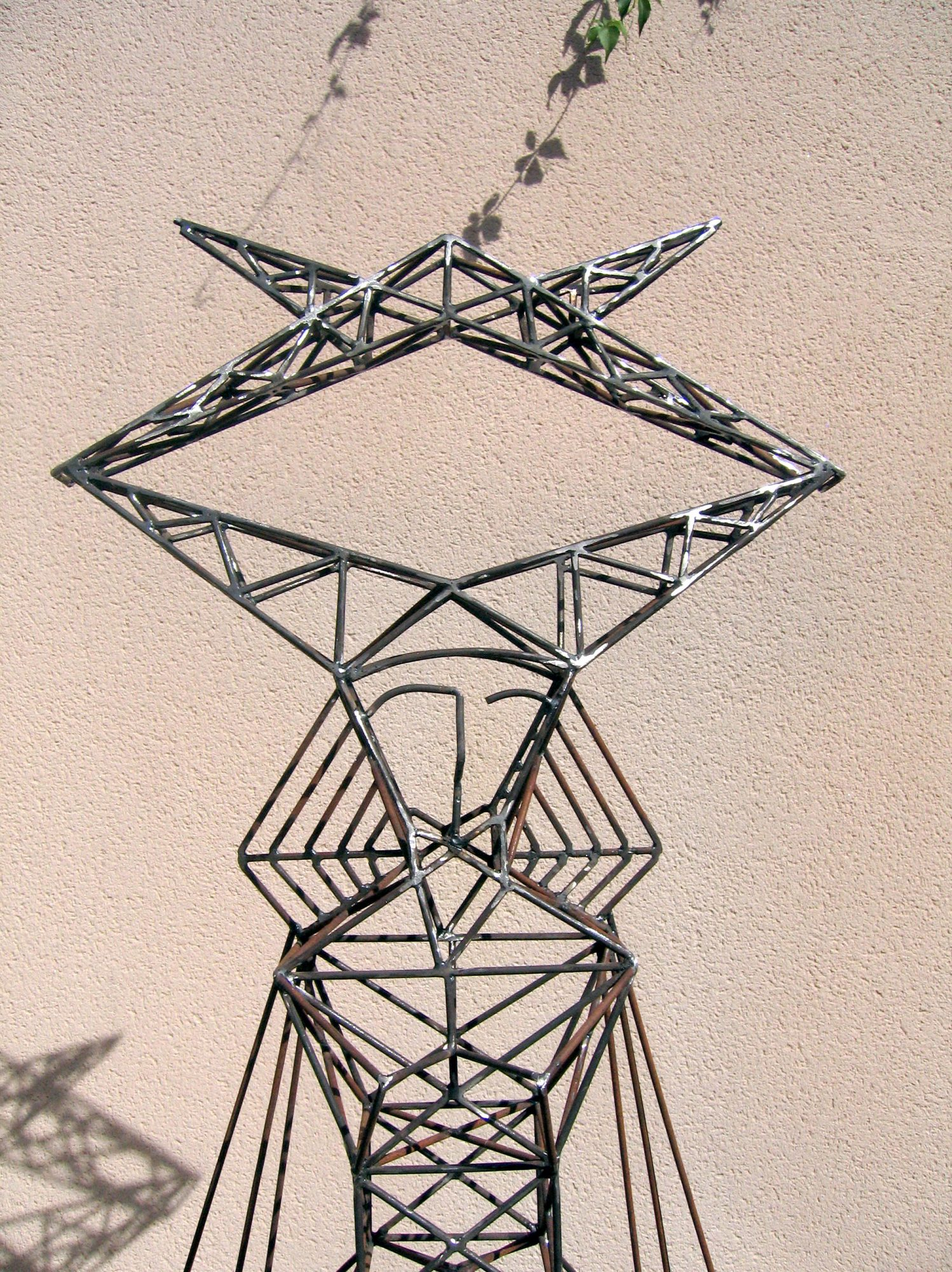Totem, Sculpture-Pylon