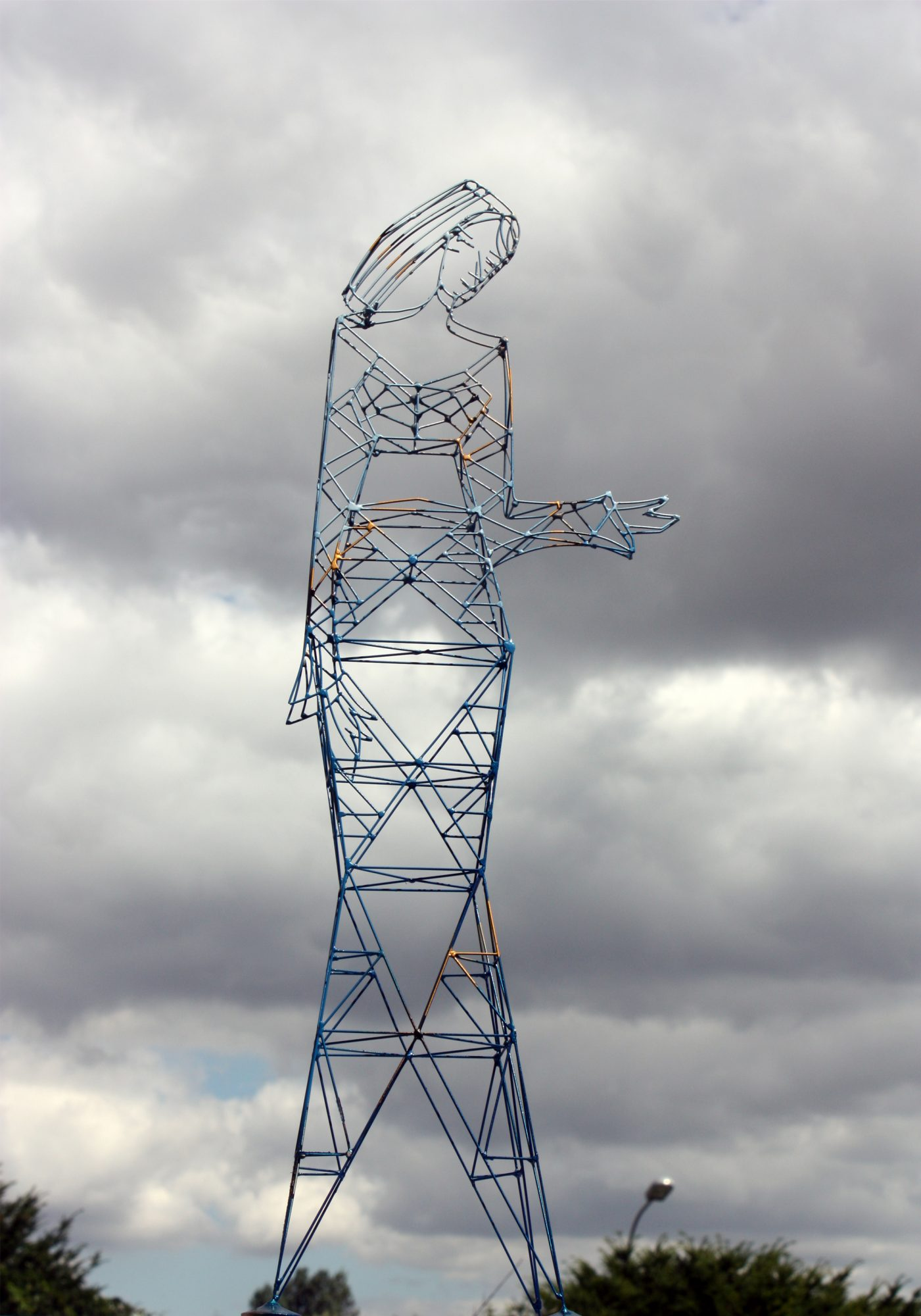 Ondine, Sculpture-Pylon
