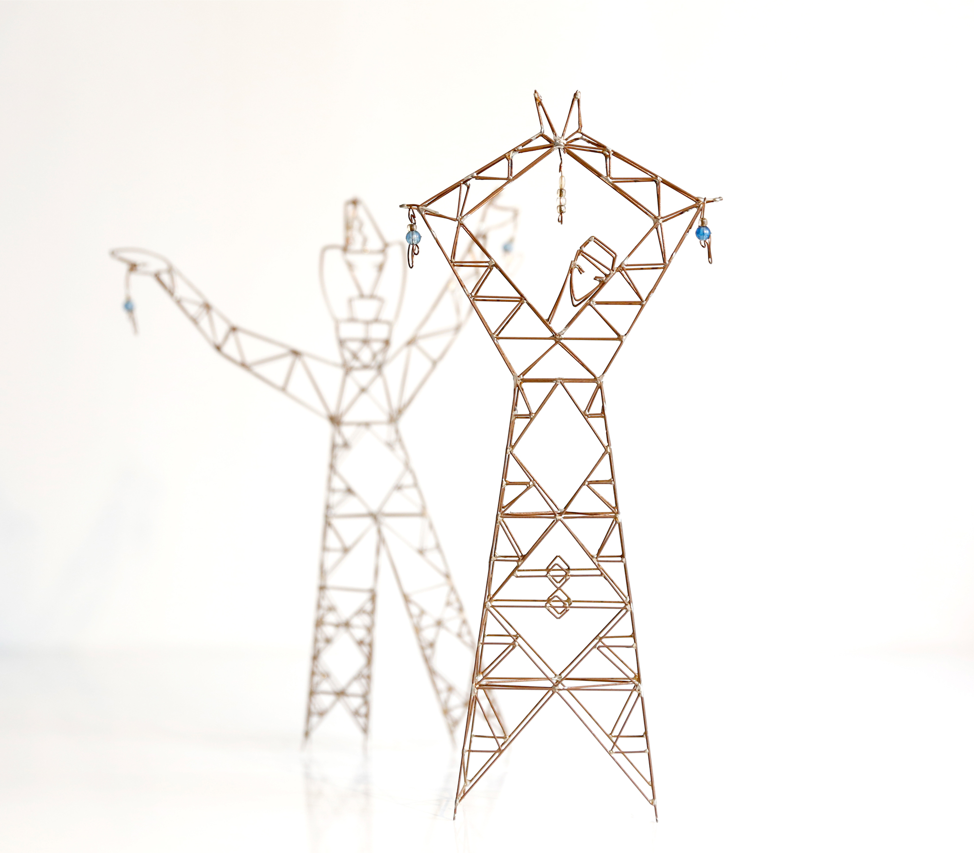 Melina and Bella, Sculpture-Pylons