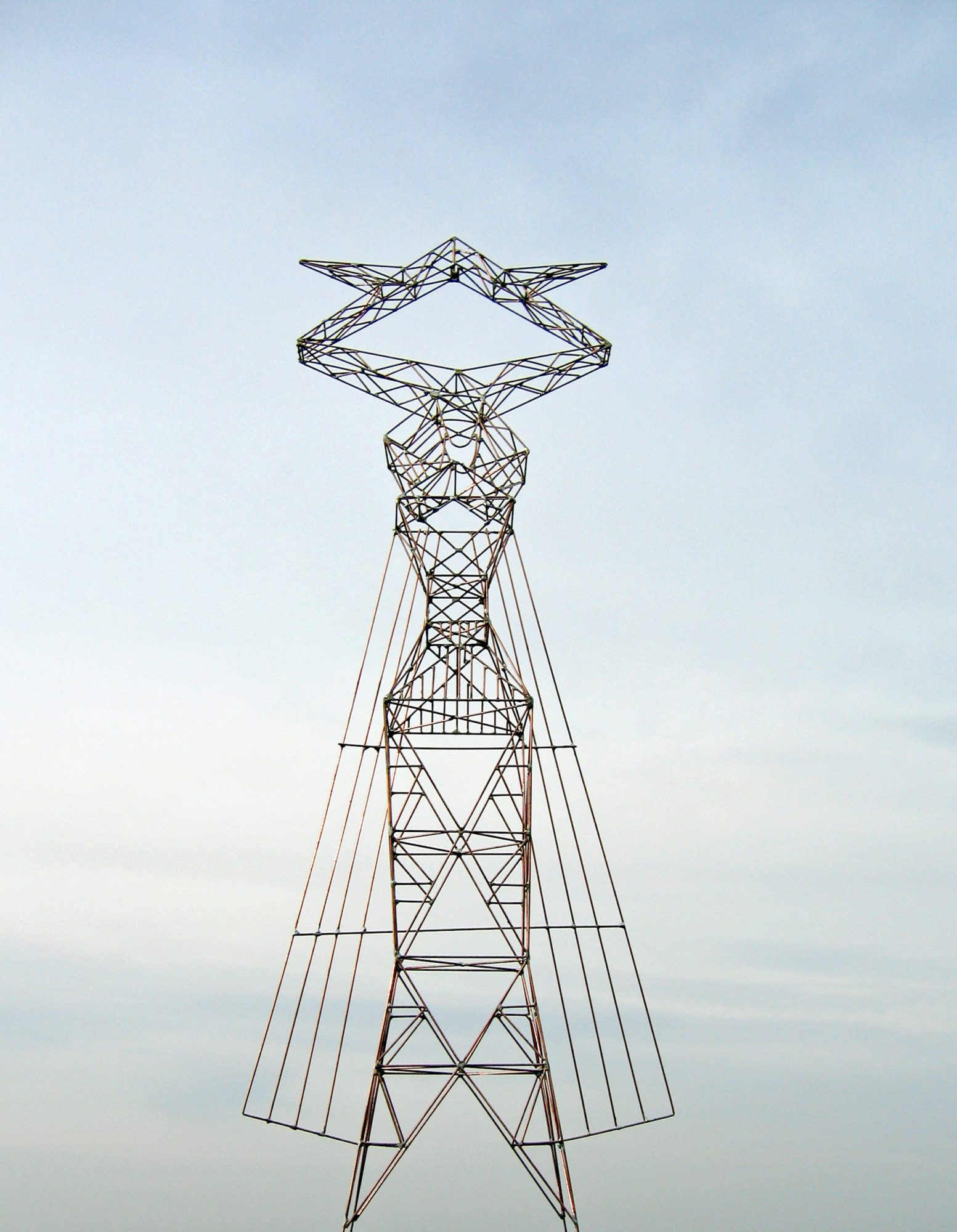 Livia, Sculpture-Pylon