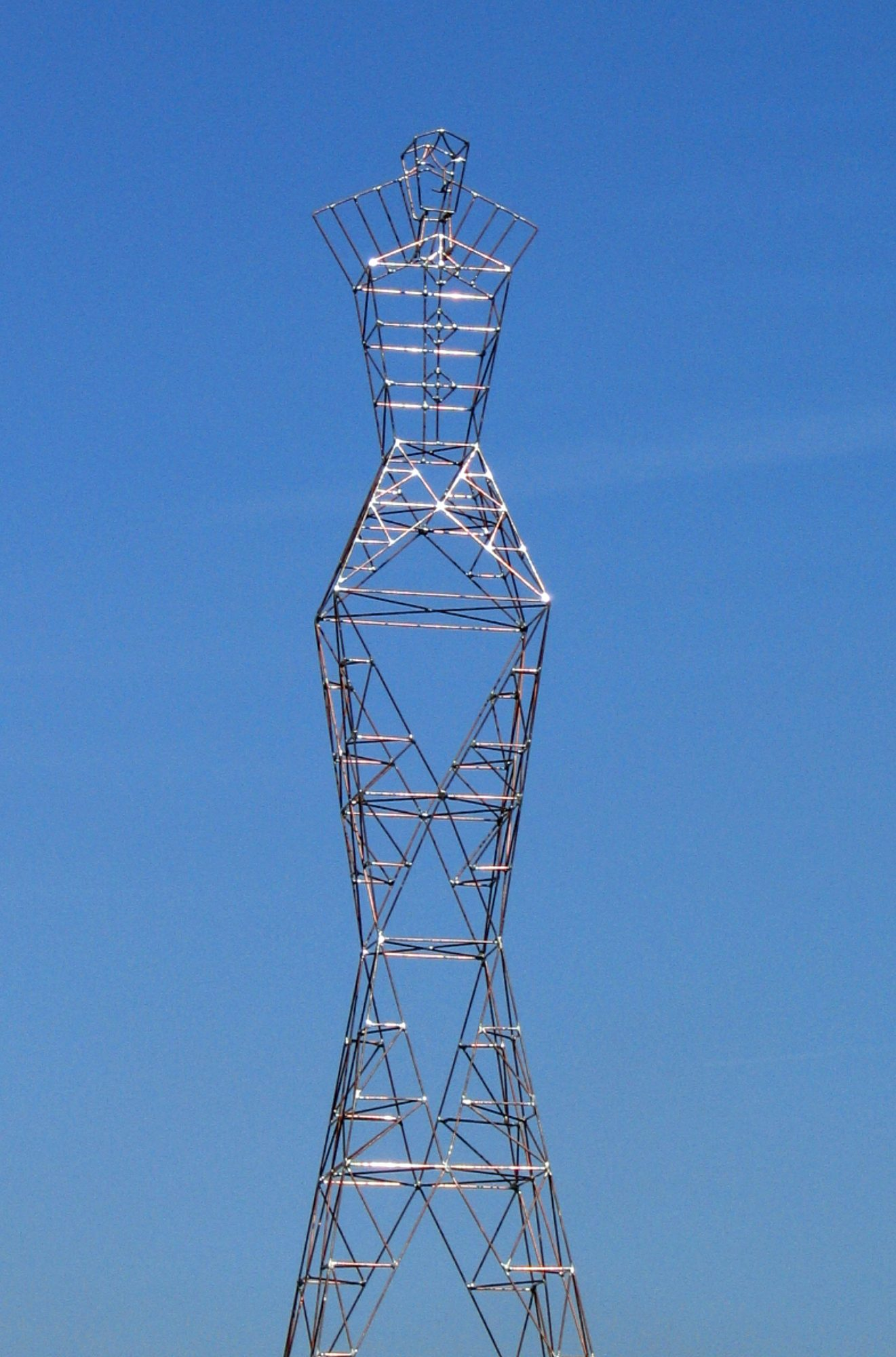 Dea, Wind-Mast or Telecom-Mast-Sculpture