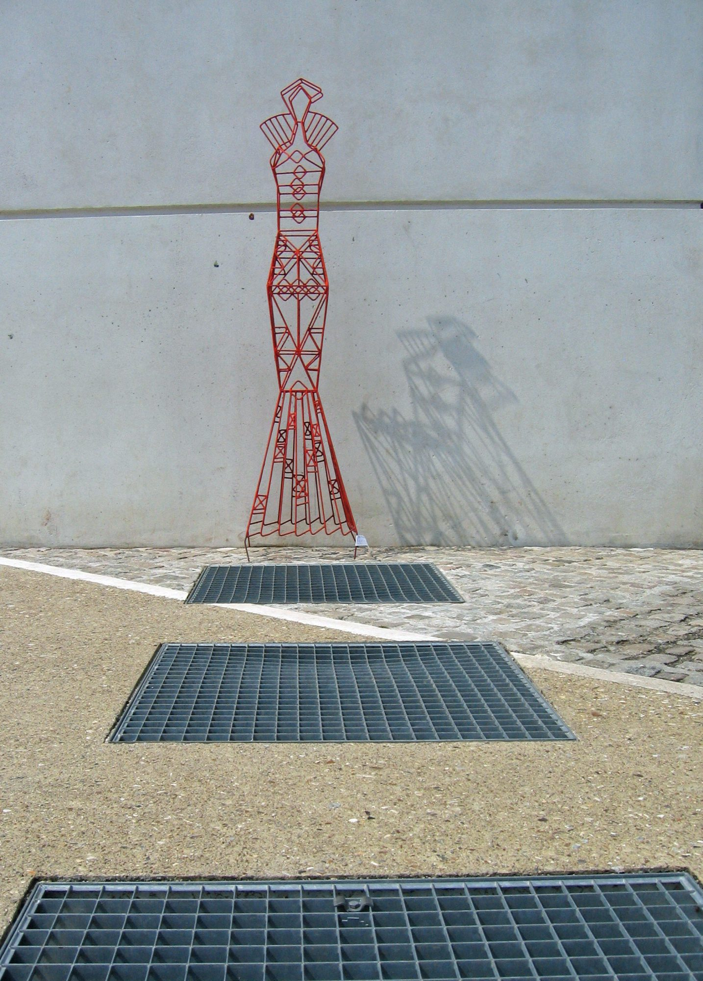Colombe, Wind-Mast-Sculpture